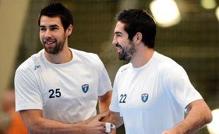 Nikola et Luka Karabatic lors du match PSG - Montpellier, le 30 septembre 2012.