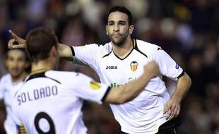 Adil Rami célèbre un but avec Roberto Soldado, le 5 avril 2012 à Valence.