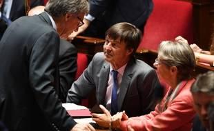 Nicolas Hulot (à gauche) et Elisabeth Borne (à droite) ont signé un communiqué commun pour préciser l'avenir du projet autoroutier controversé du GCO en Alsace.