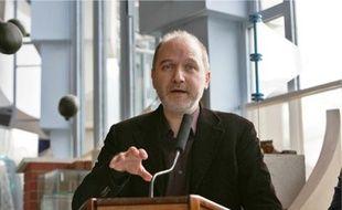 Selon Denis Baupin (Verts), « la question d'EDF laisse penser que nous voulons sortir immédiatement du nucléaire, ce qui n'a jamais été notre ambition ».