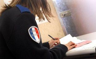 Illustration du traitement d'une plainte dans un commissariat du XIIIe arrondissement à Paris.