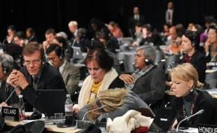Une session de débats lors du sommet sur le climat de Copenhague le 19 décembre 2009