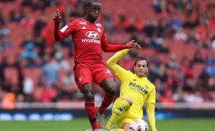 Le défenseur lyonnais Dylan Mboumbouni (21 ans), ici lors d'un match de l'Emirates Cup contre Villareal à Londres en juillet 2015.