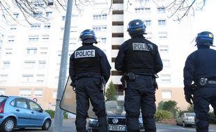 Des policiers nationaux dans les quartiers Nord et Bottiere