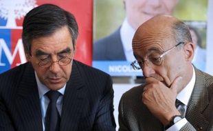 """L'ex-Premier ministre François Fillon, candidat à la présidence de l'UMP et futur adversaire de Jean-François Copé, a estimé mardi que """"c'est maintenant qu'il faut trancher les questions de personnes"""", opposant une fin de non-recevoir à Alain Juppé."""