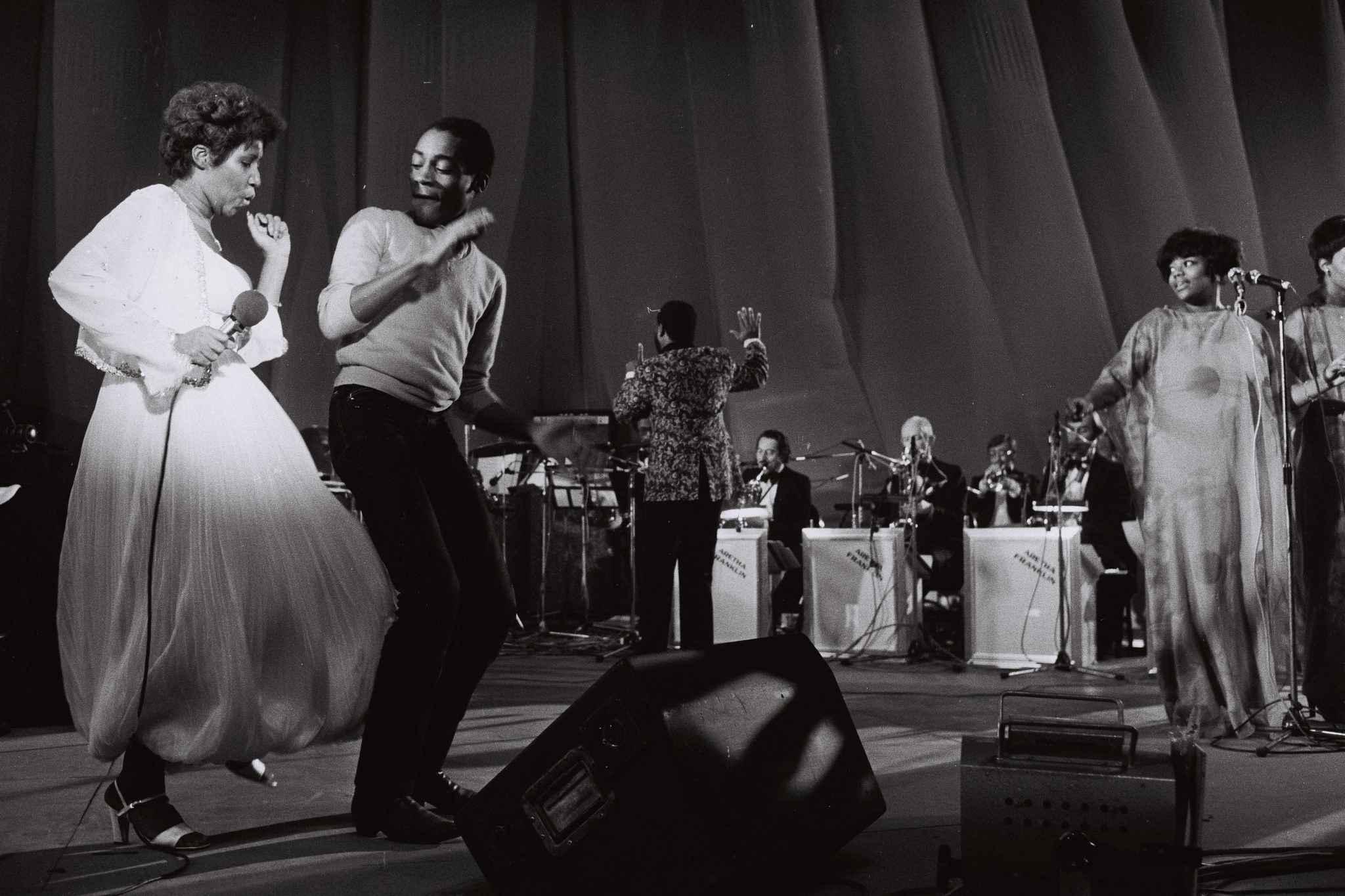 Aretha Franklin en concert au palais des sports Paris le 28 novembre 1977.