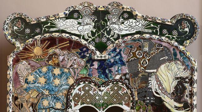 Lille Le Palais Des Beaux Arts Expose Une Cheminee Russe Du Xixe Siecle
