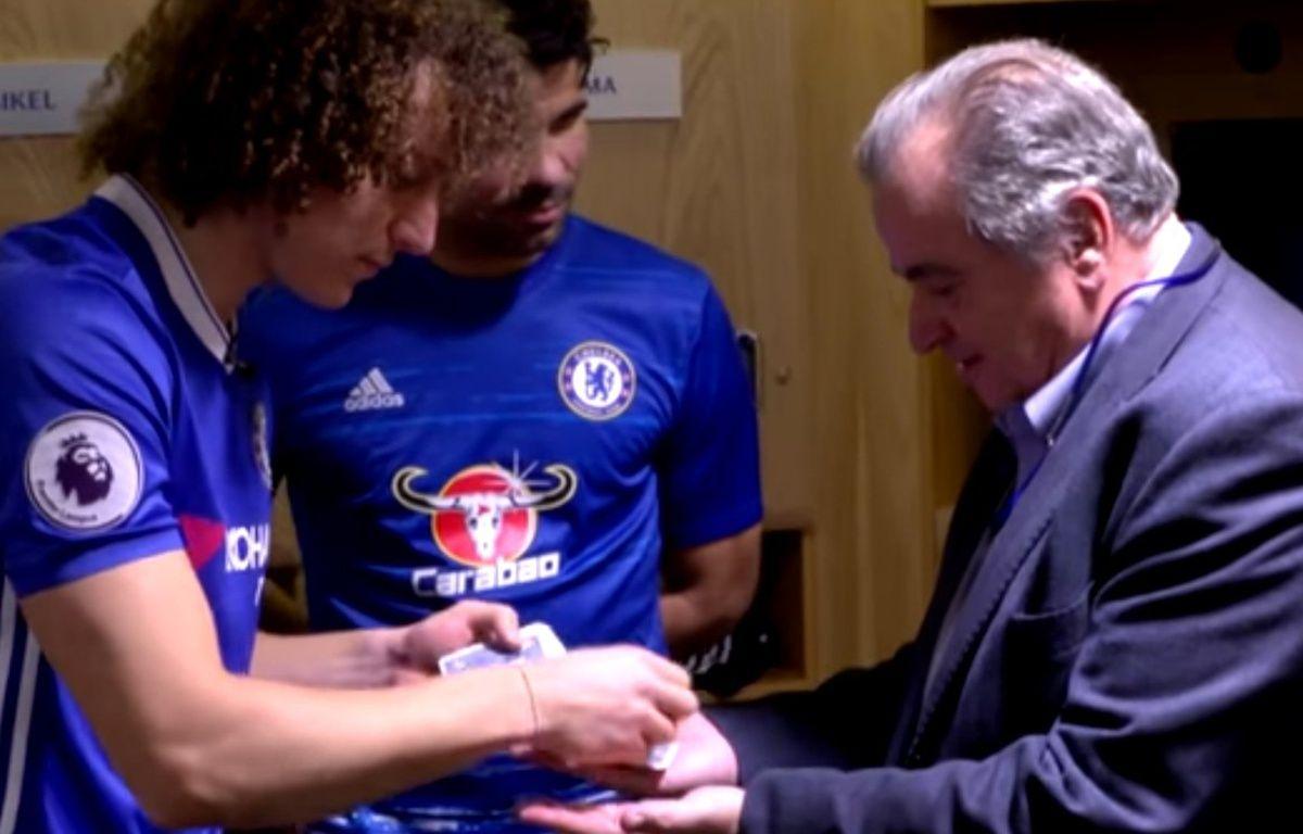 Pour animer vos soirées, pensez à David Luiz. – Chelsea Football Club