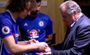 Pour animer vos soirées, pensez à David Luiz.