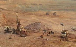 Illustration de l'exploitation d'une mine d'or