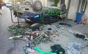 La voiture de fête, qui s'est renversée dimanche à Aigues-Mortes