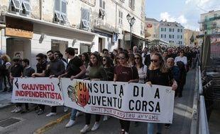 Des manifestants de Cunsulta di a Ghjuventù Corsa en avril 2017.