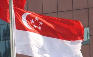 Le drapeau de Singapour.