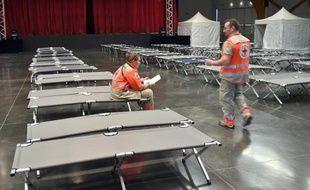 Un centre de la Croix Rouge installé à Digne-les-Bains attend, le 25 mars 2015, les familles des victimes du crash de l'A320 de Germanwings
