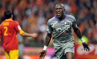 Le Toulousain Moussa Sissoko, lors d'un match face à Lens, en L1, le 25 octobre 2009.