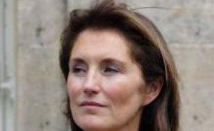 L'ancienne première dame de France, Cécilia Ciganer-Albeniz, ex-Sarkozy, doit être prochainement entendue par les policiers chargés par le parquet de Paris de vérifier l'authenticité d'un SMS que le président de la République lui aurait adressé.