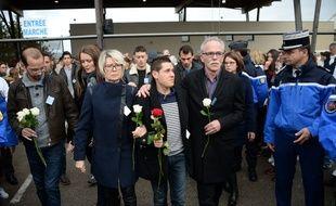 Plus de 3.000 personnes étaient réunies dimanche à Gray, en Haute-Saône, pour participer à une marche silencieuse à la mémoire d'Alexia Daval.