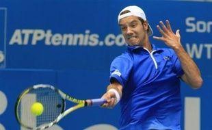 Le Serbe Novak Djokovic et le Français Richard Gasquet, respectivement têtes de série N.1 et N.2 de l'Open 13 de Marseille, ont été éliminés jeudi au deuxième tour du tournoi.