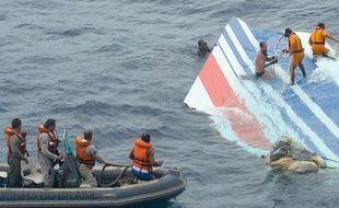 Ce lundi 8 juin, la marine brésilienne a récupéré le stabilisateur de vol de l'Airbus A330 Rio-Paris.