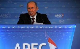 RLe président russe Vladimir Poutine a prôné dimanche un rapprochement de la Russie avec la région Asie-Pacifique, la plus dynamique au monde, et critiqué l'Europe plongée dans une profonde crise, lors d'un sommet régional en Russie.