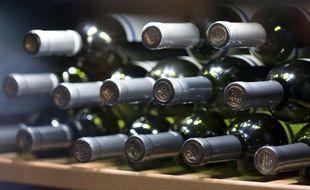 Les caves à vin permettent de conserver vos bouteilles à température idéale.