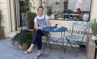 Ewa Fournier le Ray, devant son atelier, rue Clément Roassal à Nice