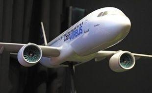 L'avionneur européen Airbus a confirmé l'achat de 36 moyen-courriers remotorisés A320 Neo, dont 20 A321 Neo, par la société américaine de location d'avions Air Lease Corporation (ALC), pour un prix catalogue de 3,48 milliards de dollars.