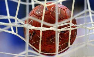 Un ballon de handball le 18 janvier 2012 à Novi Sad (Serbie).