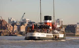 Le Waverley, dernier bateau à vapeur du monde (illustration).