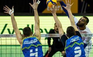 Les volleyeurs français ont battu la Slovénie au terme d'un match accroché.