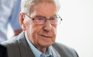 L'ancien gardien d'Auschwitz Reinhold Hanning, 94 ans, à Detmold en Allemagne le 11 juin 2016