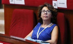 """Corinne Lepage, présidente de Cap 21, a annoncé jeudi qu'elle entendait """"lancer un appel au rassemblement"""" des """"familles du centre"""" qui souhaitent le succès de François Hollande, pour aboutir à """"la création d'un nouveau mouvement"""" début 2013."""