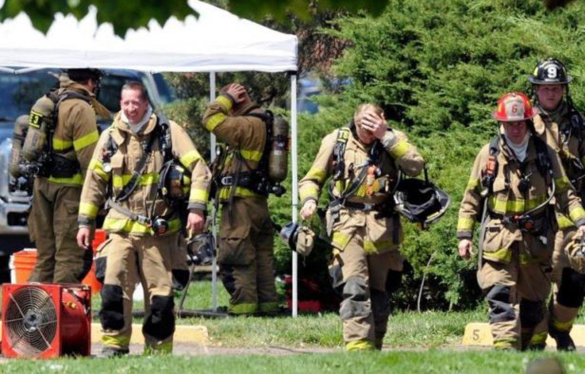 """La police américaine avait presqu'entièrement déminé samedi l'appartement piégé à Aurora (ouest) par l'auteur présumé de la fusillade qui a fait 12 morts la veille dans un cinéma diffusant la première de """"Batman"""". – Chris Schneider afp.com"""