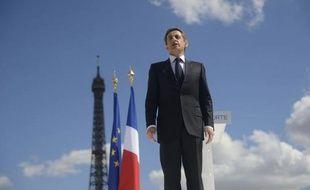 """Dix-neuf économistes, dont Philippe Trainar ou Philippe Chalmin, ont publié une tribune en faveur de Nicolas Sarkozy, au nom des réformes menées pour """"adapter"""" la France à la mondialisation et de celles qu'il promet pour moderniser l'Etat-providence"""