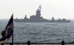 Les deux bateaux partis de Turquie pour essayer de briser le blocus imposé par Israël sur la bande de Gaza se rapprochent de leur but et s'attendent à être interceptés par Israël, a indiqué vendredi matin un coordinateur de l'opération.