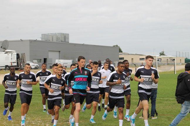 Le groupe des Girondins lors de la reprise de l'entraînement au Haillan, le 29 juin 2016.