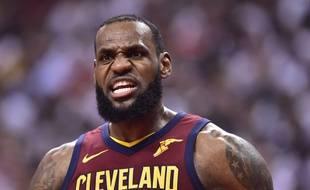 LeBron James a inscrit 43 points contre les Raptors en match 3 du 2e tour des playoffs NBA, le 3 mai 2018.