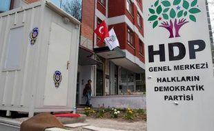 Le siège du Parti démocratique du peuple (HDP) à Ankara le 18 avril 2015