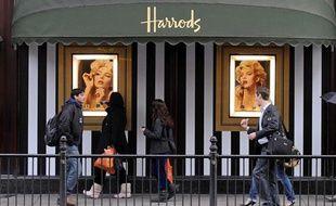 Une vitrine du magasin Harrods de Londres, le 12 mars 2010