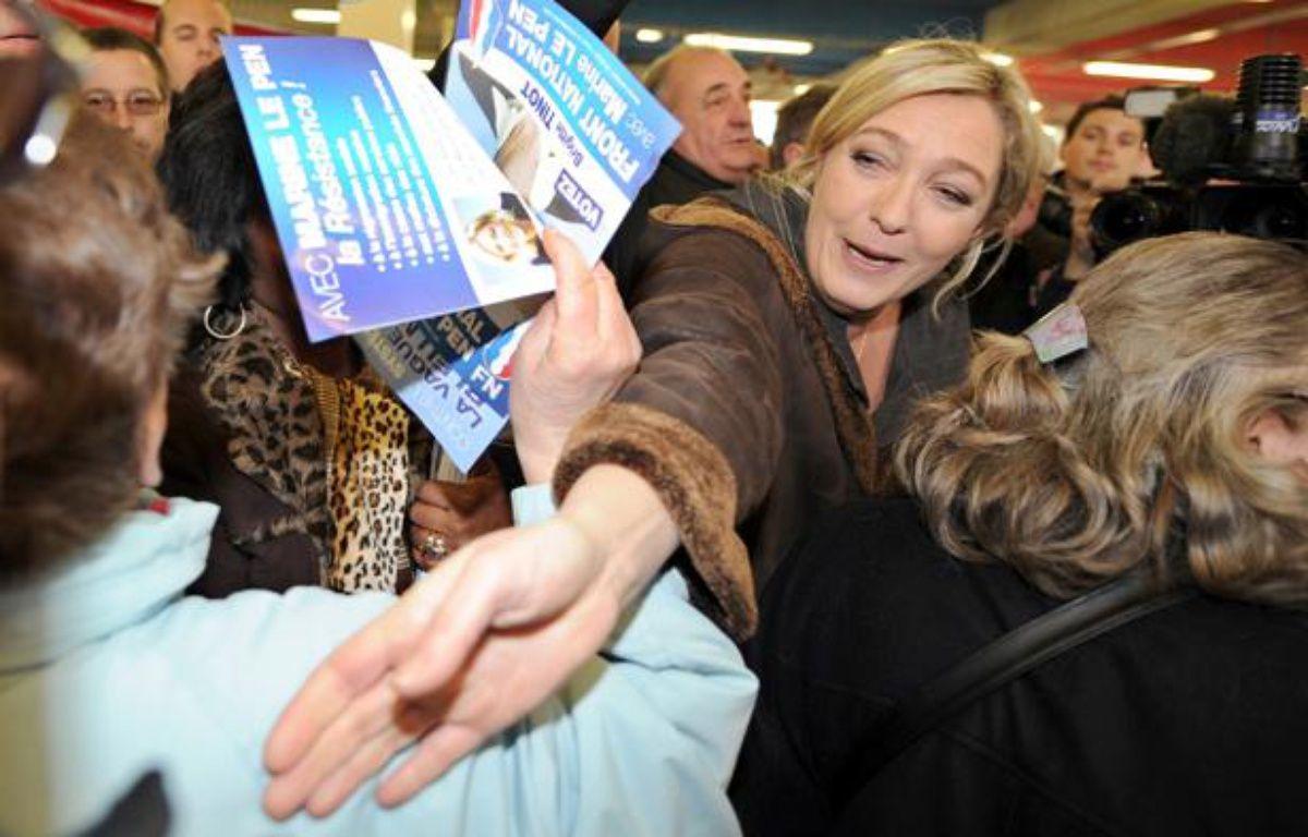 Marine Le Pen, en déplacement à Strasbourg, le 8 mars 2011. – P. HERTZOG / AFP