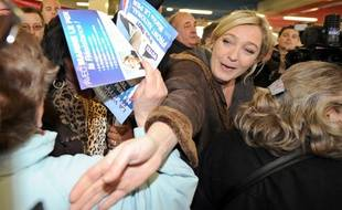 Marine Le Pen, en déplacement à Strasbourg, le 8 mars 2011.