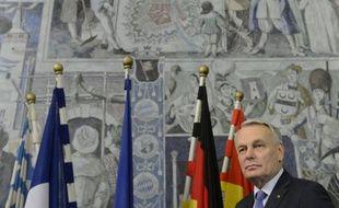 """Le gouvernement français prendra """"les décisions les plus sévères et les plus courageuses"""" afin de """"faire reculer tous les risques d'atteinte à la loi, d'atteinte à la probité"""", a promis vendredi, en pleine affaire Cahuzac, le Premier ministre Jean-Marc Ayrault, en marge d'un déplacement à Würtzbourg, en Allemagne."""