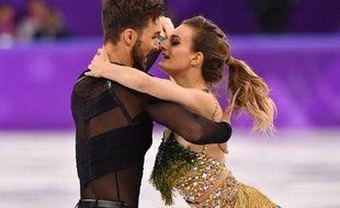 Gabrielle Papadakis et Guillaume Cizeron lors de leur programme court de danse sur glace aux JO de Pyeongchang, le 19 février 2018.