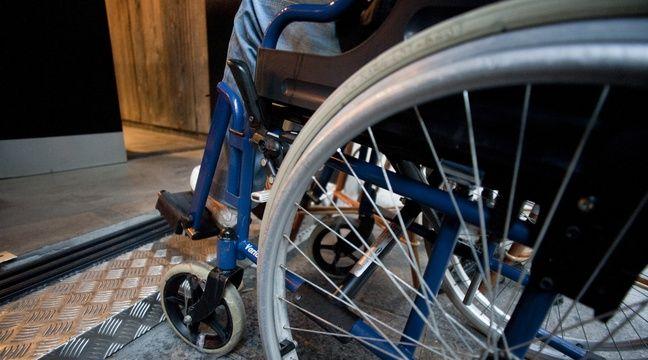 toulouse un jeune handicap en fauteuil assigne la sncf pour discrimination. Black Bedroom Furniture Sets. Home Design Ideas