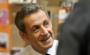"""L'ancien president de la republique Francaise Nicolas Sarkozy dedicace son livre """"Tout pour la France"""" a la librairie le Hall du Livre. Nancy, FRANCE -25/10/2016//POLEMILE_01POL20161025NAN006/Credit:POL EMILE / SIPA/SIPA/1610261451"""