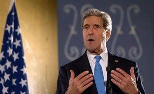 Le département d'Etat a annoncé samedi que John Kerry s'envolerait le 1er janvier pour le Proche-Orient en vue de faire progresser les négociations de paix entre Israéliens et Palestiniens.