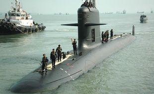 Un sous-marin Scorpène du constructeur naval français DCNS, en 2009 à la base de la marine de Pulau Indah, en Malaisie.
