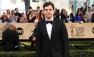 L'acteur Ashton Kutcher aux SAG Awards