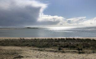 La plage du Men Du, entre Carnac et Crac'h dans le Morbihan. La préfecture a interdit l'accès à ses plages en raison de l'épidémie de coronavirus.