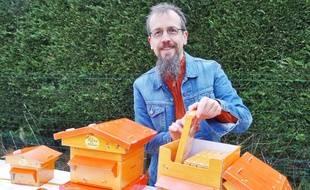 Frédéric Verheu, concepteur d'un jeu éducatif sur le monde des abeilles.